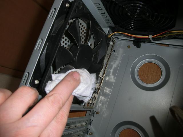 23ba1c725686066df0f8a33b6cdfee00 - PC フリーズ&ブルースクリーンの頻繁~対処の最終手段はクリーニング