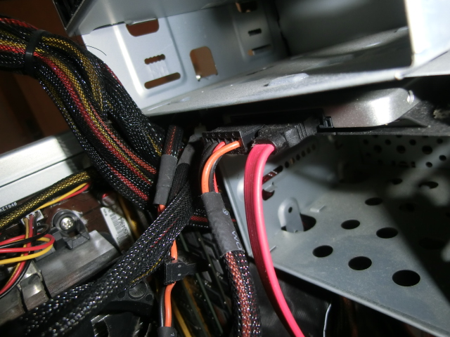CIMG3900 - PC フリーズ&ブルースクリーンの頻繁~対処の最終手段はクリーニング